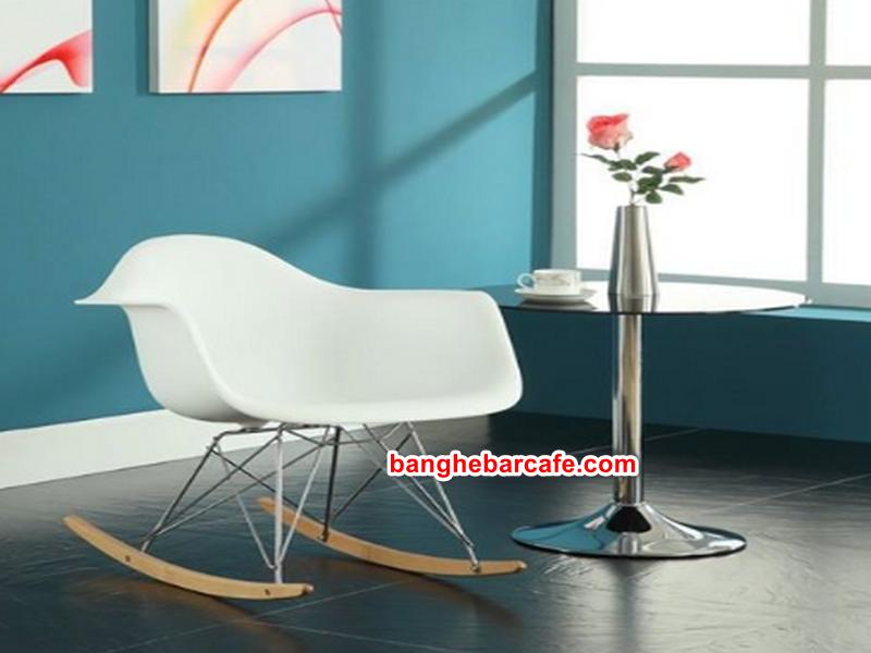 Ghế Eames màu sắc, kiểu dáng đa dạng